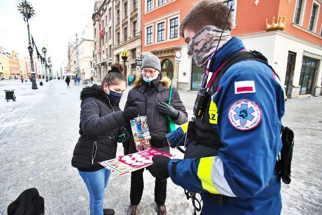 We Wrocławiu podobnie jak w całej Polsce i na świecie od rana trwa 29. finał Wielkiej Orkiestry Świątecznej Pomocy.