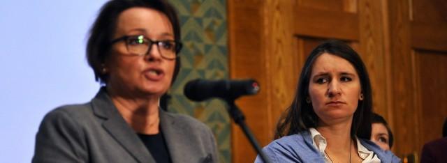- Minister edukacji, Anna Zalewska zapowiada zmiany w oświacie. Jedną z nich jest zniesienie obowiązku szkolnego 6-latków