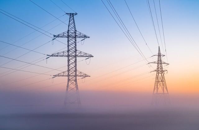 W najbliższych dniach mieszkańcy kilku miejscowości w naszym regionie muszą być przygotowani na przerwy w dostawie energii elektrycznej.Gdzie zabraknie prądu? Sprawdźcie listę planowanych wyłączeń w regionie koszalińskim w nadchodzących dniach >>>