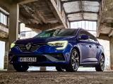 Renault Megane 1.6 E-TECH 160 KM. Test, wrażenia z jazdy, spalanie, wyposażenie i ceny