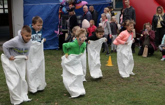 """w pikniku sportowo-rekreacyjnym """"Wszystkie dzieci nasze są"""", który jest współfinansowany przez Ministerstwo Kultury, Dziedzictwa Narodowego i Sportu. Piknik ma pobudzić dzieci do aktywności, zachęcić do integracji, pozwolić intensywnie i aktywnie spędzić czas wolny w gronie swoich rówieśników."""