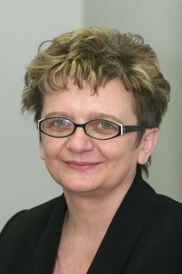 Małgorzata Łukasik, dyrektor O. BGŻ SA w Kielcach: Pełną wartość banknotu otrzymamy również, gdy jest trwale zabrudzony.