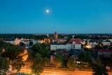 Foto-Luk krąży nocą z aparatem po Kluczborku. Oto efekty jego fotograficznego polowania [ZDJĘCIA]