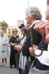 Będą się modlić na ulicach za prześladowanych chrześcijan