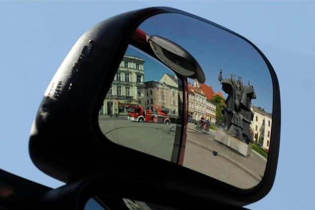 Miejsce zadumy czy zabaw? Z pomnikiem czy bez? Dyskusja o Starym Rynku trwa w Bydgoszczy od wielu lat.