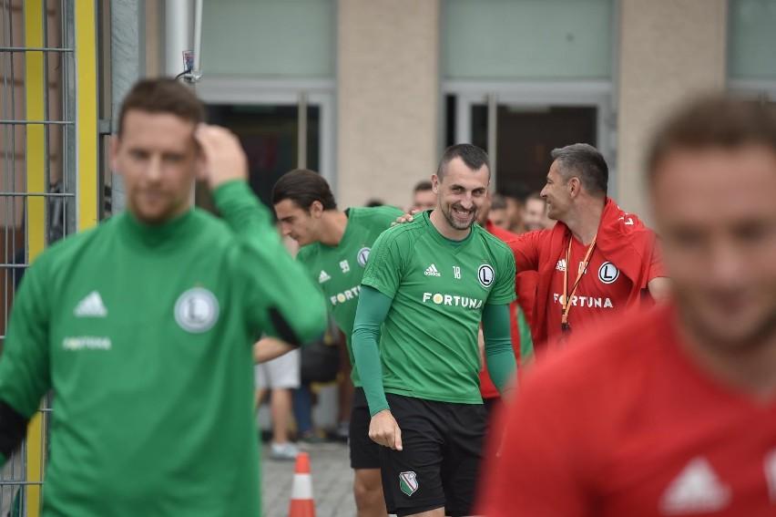 Dziwne reakcje byłych piłkarzy Legii na zwolnienie Vukovicia