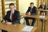 Egzamin gimnazjalny 2012. Język angielski - arkusze, odpowiedzi [poziom podstawowy i rozszerzony]