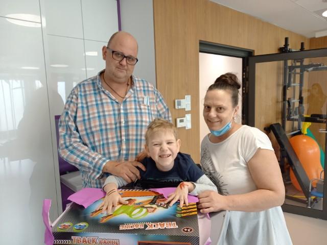 Julia i Grzegorz Gogolowie z synkiem Frankiem