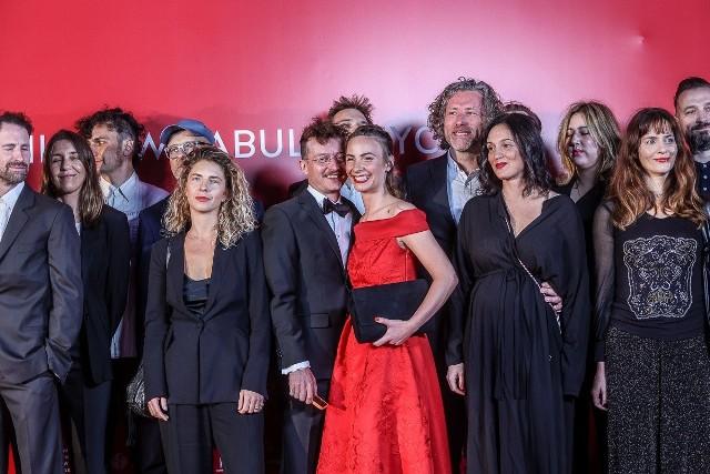Festiwal filmowy Gdynia 2021. Gwiazdy na czerwonym dywanie.