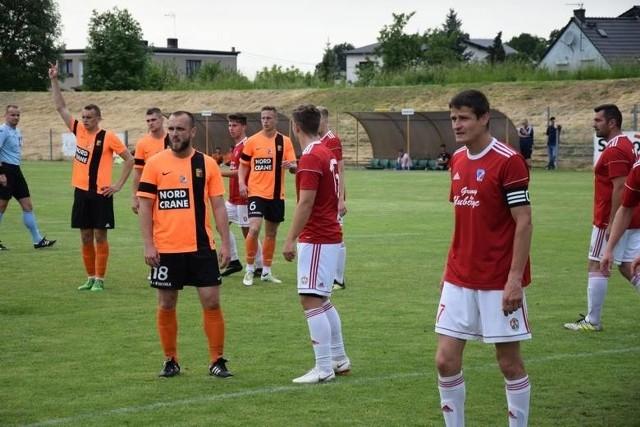 Po dość niemrawym początku sezonu Polonia Głubczyce i Małapanew Ozimek wróciły na odpowiednie tory.