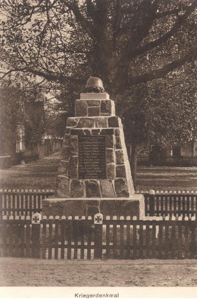 Pomnik mieszkańców Goruńska, którzy zginęli podczas pierwszej wojny światowej.