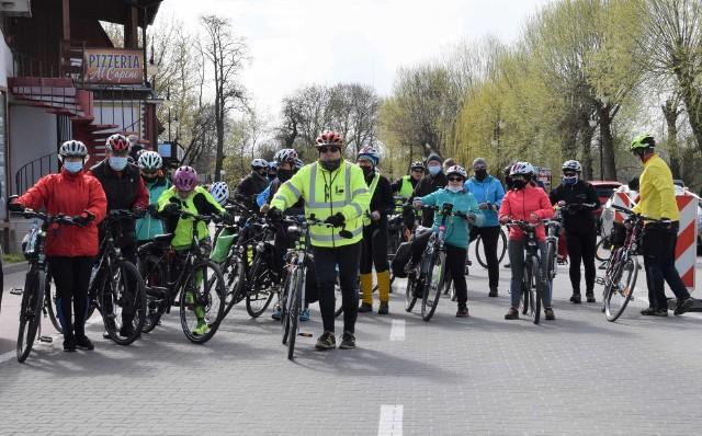 Z okazji 50-lecia Komisji Turystyki Rowerowej przy Nadgoplańskim Oddziale PTTK, Kruszwicka Grupa Rowerowa zaprosiła cyklistów do przejazdu trasy liczącej 50 kilometrów