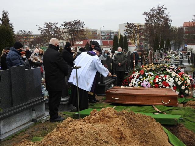 Pogrzeb śp. Mariusza Giełguta. Kilkadziesiąt osób pożegnało byłego doradcę prezydenta