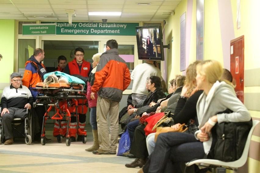 Coraz więcej pacjentów na Klinicznym Oddziale Ratunkowym UCK