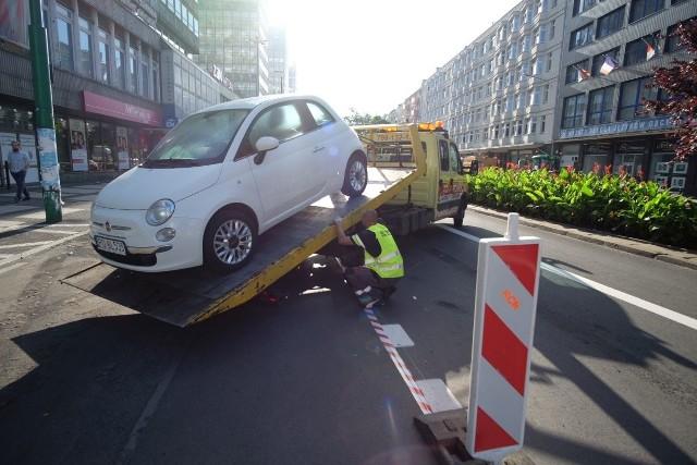 Święty Marcin: Straż miejska odholowuje auta
