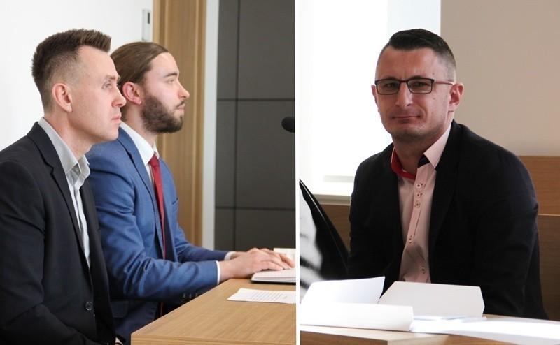 Grzegorz Szela (pierwszy z lewej) pozwał Tomasza Studniarza (z prawej) za to, że ten pokazał mu w miejscu publicznym środkowy palec. Obraźliwy gest widziała córka krynickiego radnego.
