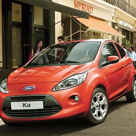 Nowy Ford Ka to nie demon szybkości. Jednak dzięki ciekawej sylwetce, można uznać go za miejskiego drapieżnika.