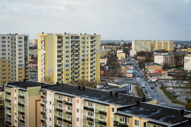 Mieszkania, pomimo coraz wyższych cen, sprzedają się dobrze. Czasem nawet tego samego dnia, gdy pojawia się oferta