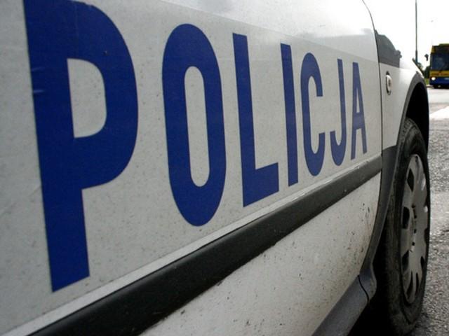 Kolizja w Łomży. Dwa policjanci trafili do szpitala