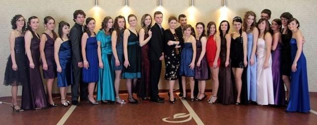 Samorządowe Liceum Ogólnoksztalcące w Glogowie Malopolskim, klasa III b.By zaglosowac wyślij SMS o treści studniowka 89 pod numer 72051. Koszt jednego SMS-a to 2,44 z VAT.