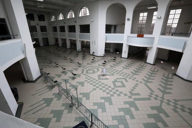 W Toruniu punkty szczepień zlokalizowano w Centrum Targowym Park oraz na terenie tenisowego kompleksu sportowego Na Skarpie