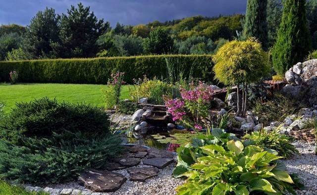 Skalniak to ciekawe urozmaicenie aranżacji ogrodu.