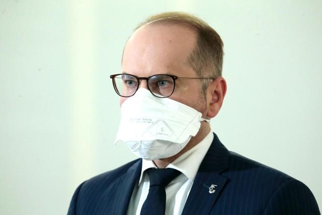 Afera respiratorowa. Prokuratura umorzyła śledztwo. Posłowie Koalicji Obywatelskiej składają zażalenie na tę decyzję