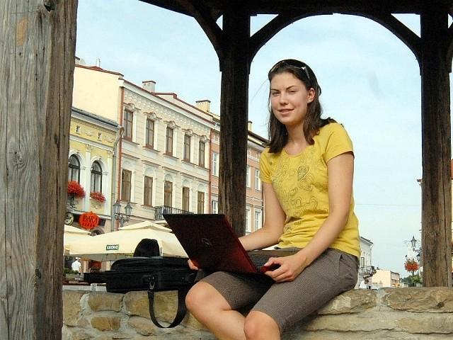 Do rodzinnego Rzeszowa Justyna zjechała na wakacje. Sama przyznaje, że po roku nowych doświadczeń stała się bardziej otwarta na świat i ludzi.