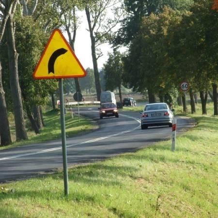 Na tym zakręcie dochodzi do wielu kolizji, szczególnie zima, gdy drogi są śliskie.