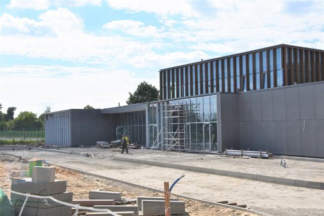 Nowe przedszkole powstaje w pobliżu SP w Mroczy. Zaprojektowano je tak, by przyjąć mogło nawet 200 dzieci