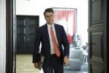 Piotr Müller: Nie ma i nie było godziny policyjnej. Mamy zakaz przemieszczania się poza określonymi celami
