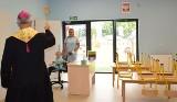 Biskup w przedszkolu. Jan Piotrowski odwiedził gminę Secemin