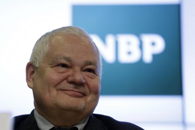 Inwestorom kolejnego powodu do oczekiwania obniżek dostarczył sam prezes NBP, Adam Glapiński.