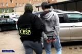 Agencje towarzyskie w Poznaniu i Wrocławiu rozbite przez CBŚP. Gangsterzy-sutenerzy dzięki prostytutkom mieli zarobić 1,44 mln złotych