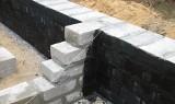 Ściany fundamentowe - monolityczne czy murowane?