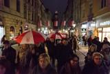 Chcieli się upomnieć o prestiż zawodu nauczyciela i zaprotestować przeciwko niszczeniu polskiej szkoły