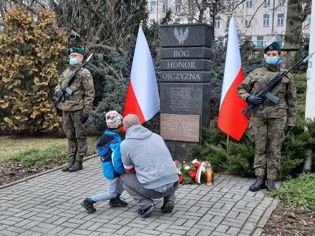 1 marca, od dziesięciu lat, obchodzony jest Narodowy Dzień Pamięci Żołnierzy Wyklętych. W stolicy regionu, wzorem ubiegłych lat, uroczystości odbyły się na placu Wolności.