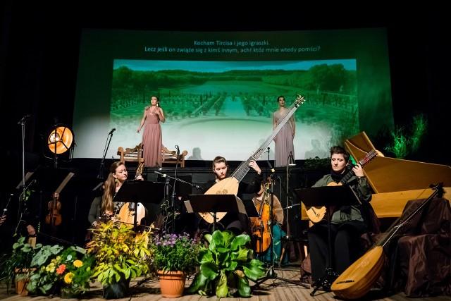 Festiwal Bydgoska Scena Barokowa, organizowany przez Akademię Muzyki Dawnej, z największym wsparciem od miasta (55 tys. zł). W Kinie Pomorzanin w 2021 roku z dotacją także wydarzenia jak: druga edycja Rodzinnego Święto Kina czy Old Film Festiwal