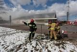 Pożar Biedronki w Kobylnicy koło Słupska. Pożar opanowany [NOWE ZDJĘCIA, WIDEO]