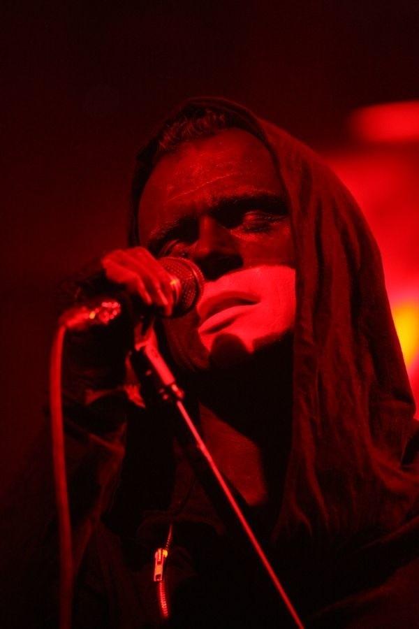 Piotr Rogucki, wokalista zespołu Coma