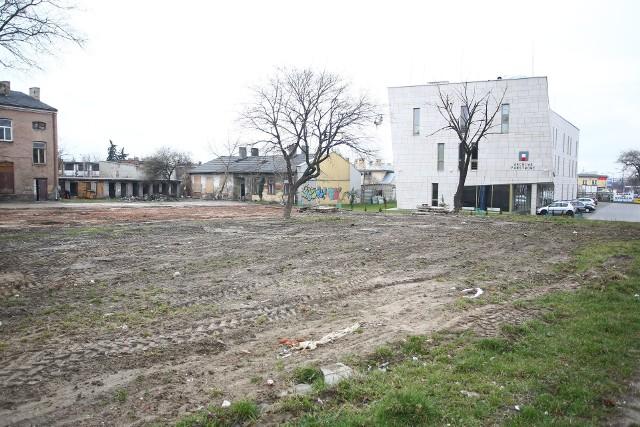 Duża inwestycja w Radomiu. Powstanie elegancki budynekBudynki przy ulicy Koszarowej już zostały rozebrane. Jeszcze w tym roku powinna się tam zacząć budowa nowych kamienic.