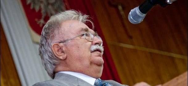 Profesor Jerzy Robert Nowak na spotkaniu w Ostrołęce