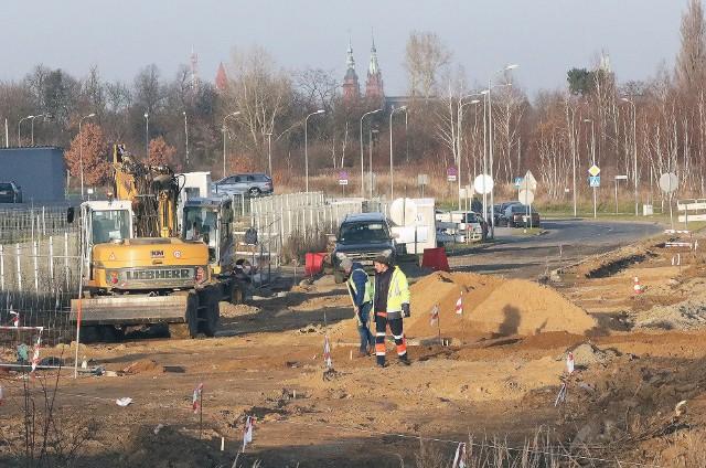 W tym roku sporo pieniędzy trafi na przebudowy ważnych dróg wojewódzkich w naszym regionie.