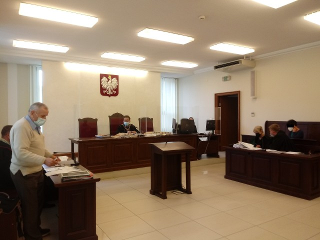 Apelację od wyroku złożyły wszystkie strony procesu. Prokurator i pokrzywdzona domaga się wyższego zadośćuczynienia. Obrona uniewinnienia. Mowy końcowe mają być wygłoszone 14 czerwca