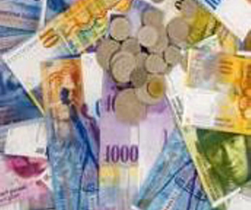 Dziś kurs szwajcarskiej waluty był na poziomie 2,90. To bardzo dobra wiadomość dla osób, które spłacają kredyt we frankach (fot. sxc.hu)