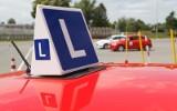 Jazda bez prawa jazdy z opiekunem. Będą zmiany w szkoleniu kierowców i jazdy doszkalające