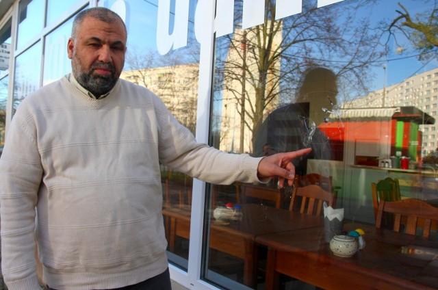 Ktoś ostrzelał z wiatrówki bary Palestyńczyka w Gdańsku