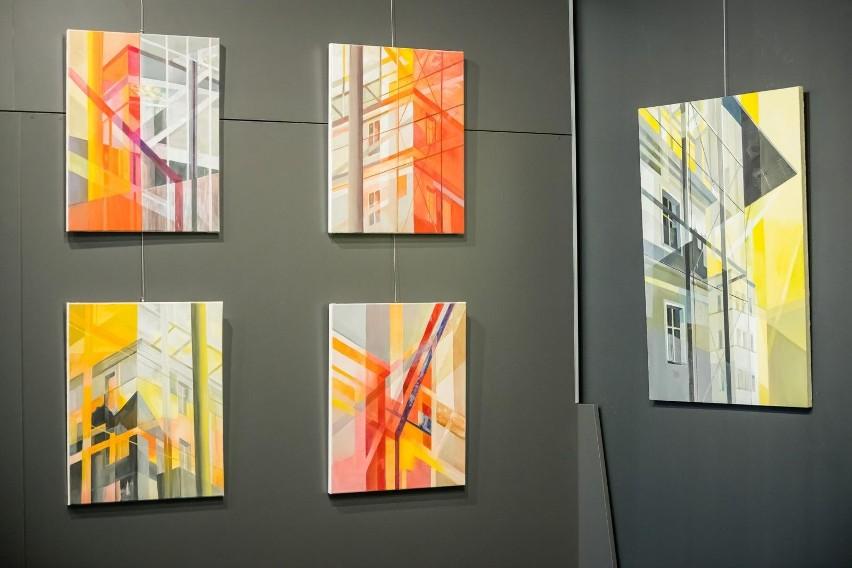 18 czerwca 2021 roku odbył się wernisaż wystawy malarstwa...