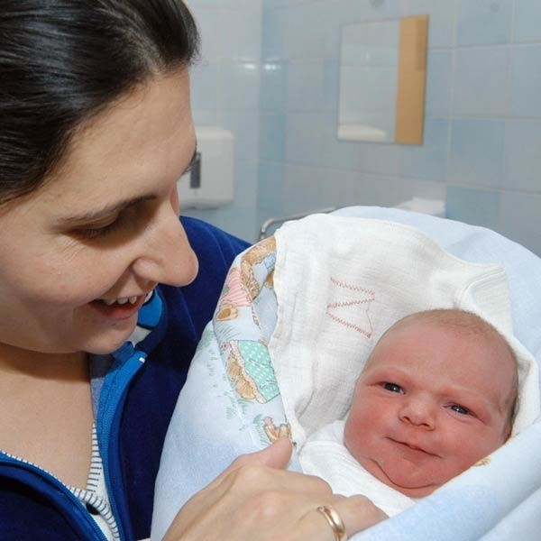Małgorzata Ulanowicz - Prajsnar śmieje się, że skoro jej córeczka urodziła się w noc sylwestrową, to pewnie będzie baletnicą.