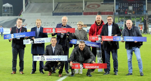 Mecz Górnik Zabrze - Lech Poznań był okazją, by odsłonić kolejne postaci w Galerii Sław. Na spotkaniu pojawili się piłkarze, którzy kiedyś odgrywali ważne role w Górniku